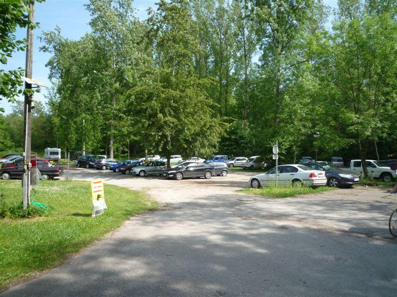 049 Parkplatz